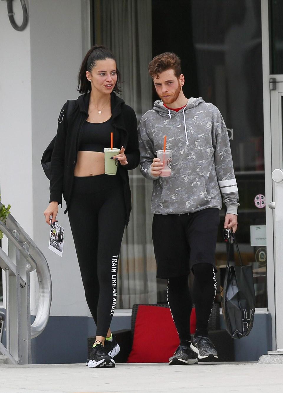 Adriana Lima ve Metin Hara ayrıldı mı? Adriana Lima Metin Hara'yı takipten çıkardı