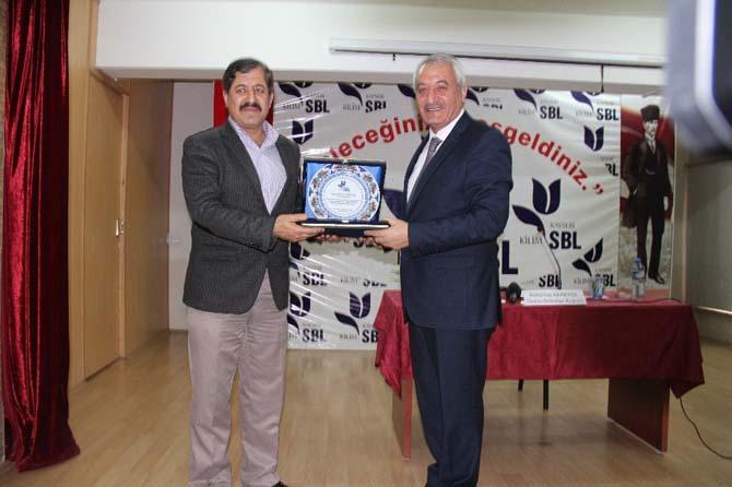 İncesu Belediye Başkanı Zekeriya Karayol Kilim Sosyal Bilimler Lisesinde seminer verdi