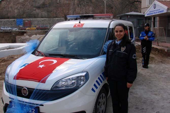 Köprübaşı Polis Merkezi'nin ilk kadın Emniyet Amiri görevine başladı