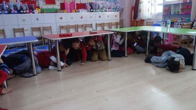 İlkokul öğrencilerine doğal afet eğitimi verildi