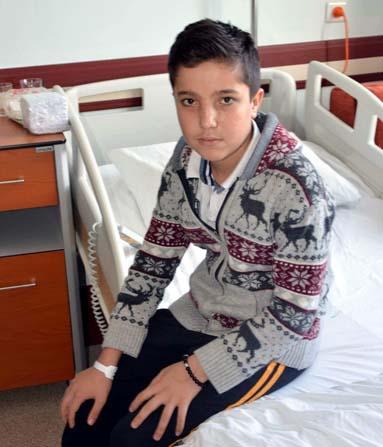 13 yaşındaki Furkan tek başına yürümeye başladı