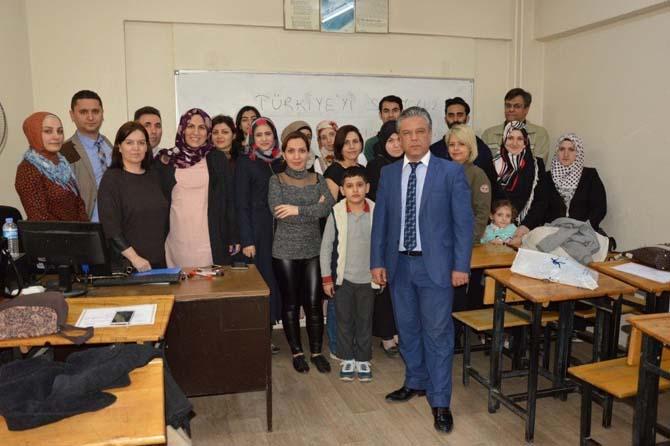 Manisa'da yabancılara Türkçe eğitimi