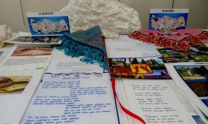 Şanlıurfa'da çemberimde gül oya sergisinin açılışı yapıldı