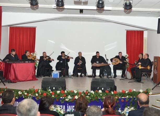 Nilüfer Roman Orkestrası mahpusları coşturdu