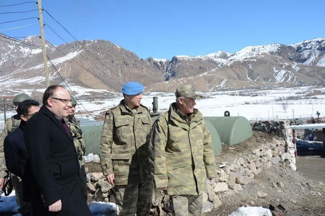 Üst bölgesindeki askeri birlikler ziyaret edildi