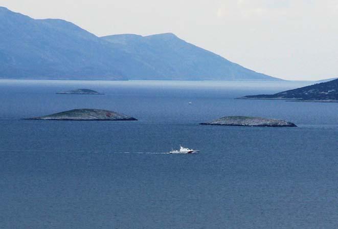 Yunan askeri Kardak kayalıklarının önünden bile geçemedi