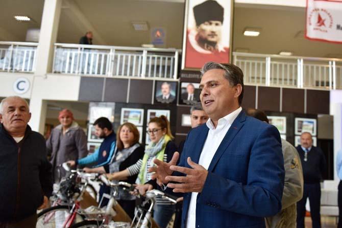 Uysal'dan 'İşe okula bisikletle gidin' çağrısı