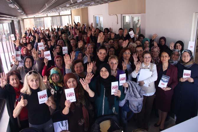 AK Partili kadınlar referandum çalışmalarına başladı