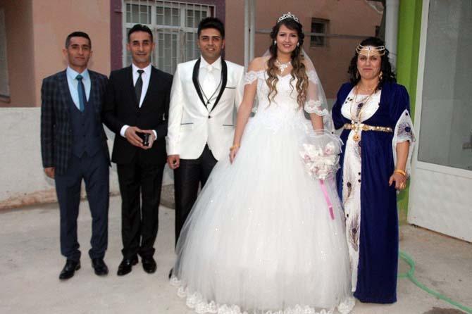 Şırnaklı ile İsviçreli genç çift Antalya'da dünya evine girdi