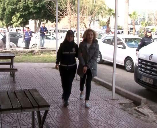 FETÖ'den gözaltına alınan 11 sağlıkçı adliyeye sevk edildi