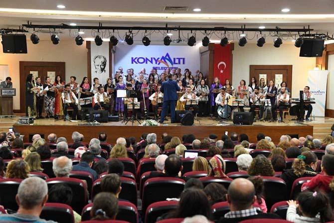 Konyaaltı Belediyesi THM Korosu, bir ilke imza attı