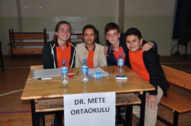 Milas'ta öğrenciler bilgilerini yarıştırdı