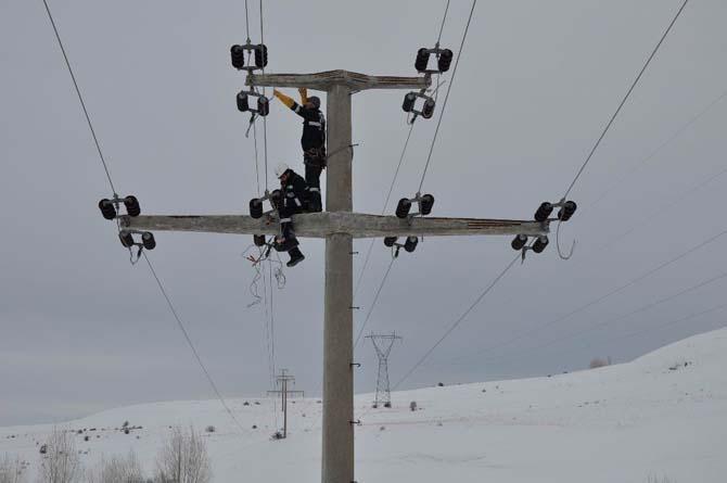 ÇEDAŞ, kış şartlarında abonelerini elektriksiz bırakmadı