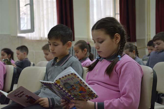 Okuma etkinlikleri sürüyor