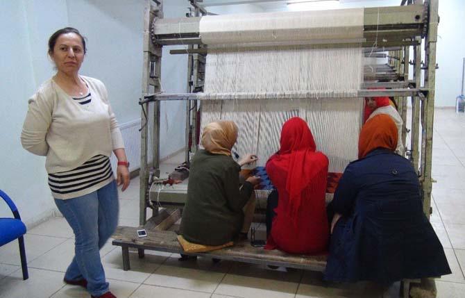 Nusaybin'de halı ve kilim dokuma kursu açıldı