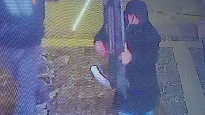 Televizyon hırsızlığı güvenlik kamerasında