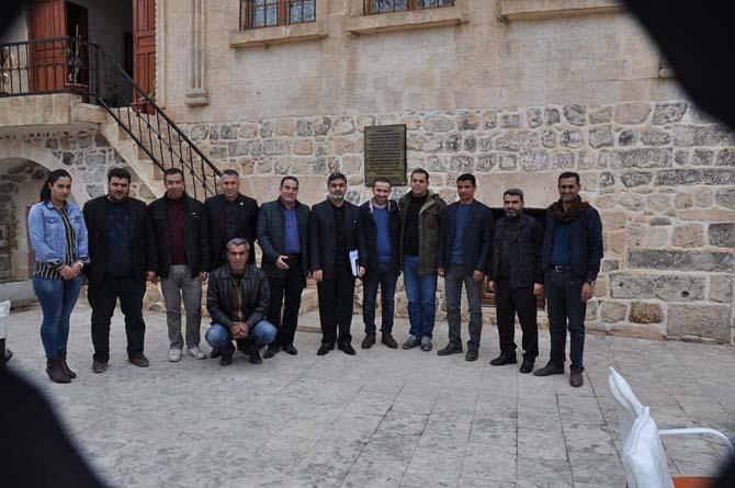 Viranşehir Ak Parti SKM basınla kahvaltıda bir araya geldi.