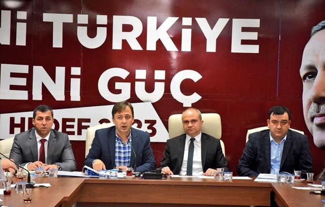 AK Parti Manisa'da 16 Nisan'a hazırlanıyor