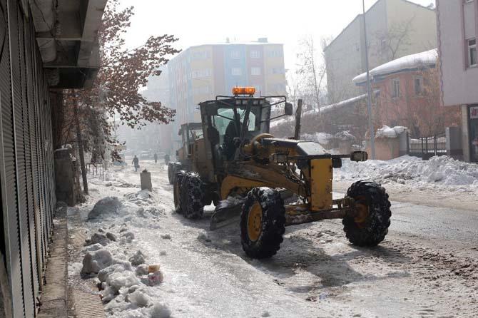 Belediye sokaklarda Temizlik Çalışması Başlattı