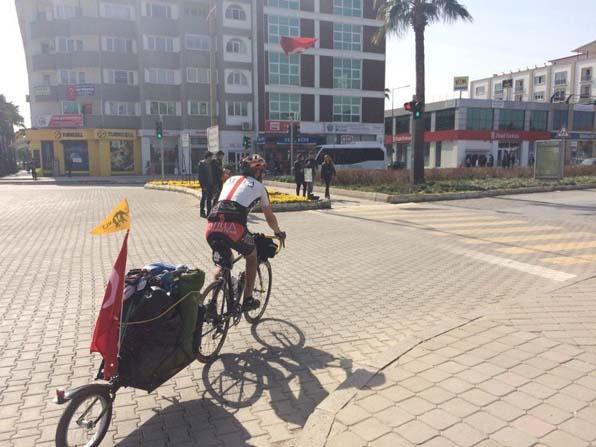 Sivaslı bisikletçinin yolu Ortaca'dan geçti