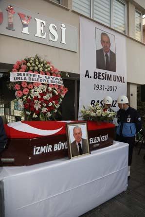 Eski Urla Belediye Başkanı Besim Uyal defnedildi