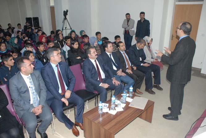 Tuşba'da 'Değerlerimiz geleceğimizdir' eğitimi