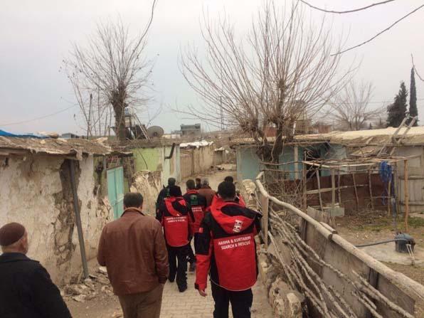 İHH acil kurtarma ekibi deprem bölgesinde