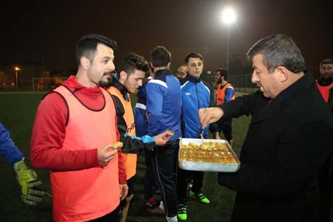 Başkan Karabacak'tan amatör spora yerinde destek