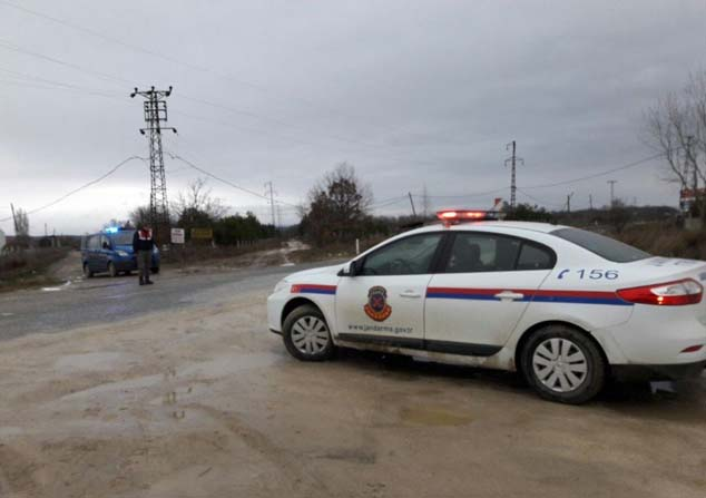 Jandarma 3 kaçak göçmen yakaladı