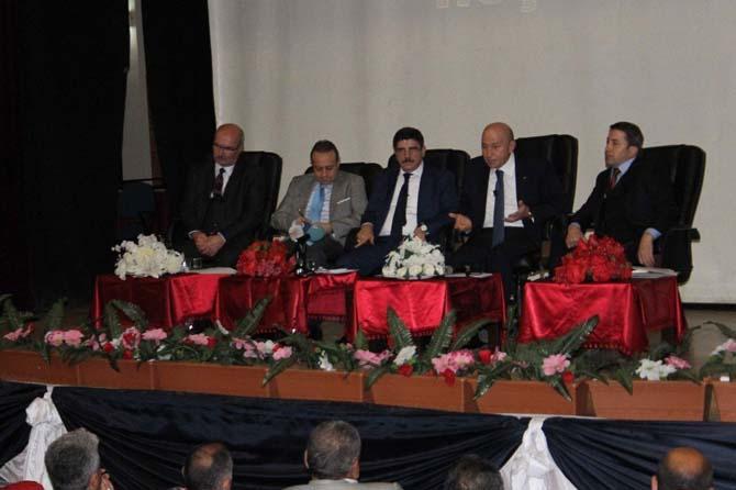 Siirt'te 'Cumhurbaşkanlığı Sistemi ve Türkiye' paneli