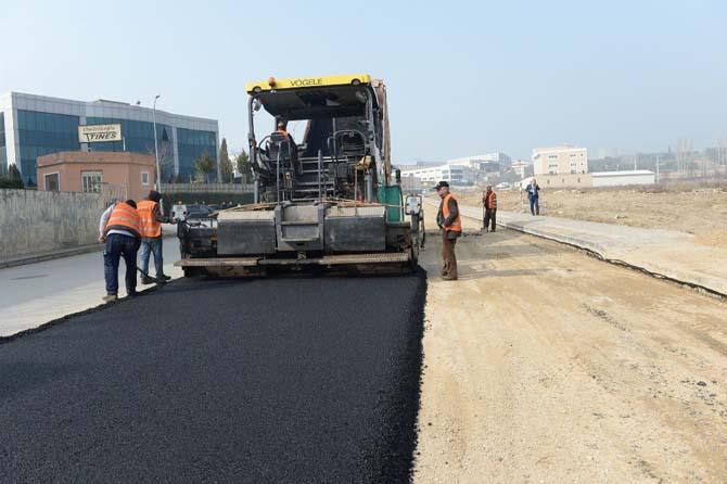 İmara açılan yeni yollar asfaltlanıyor