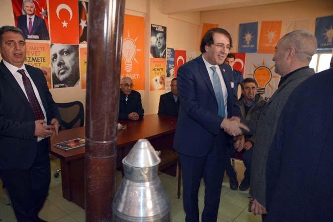 Milletvekili Aydemir'e Karayazı'da coşkulu karşılama