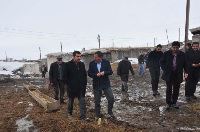 Milletvekili Beyribey ve İl Başkanı Çalkın Digor'da