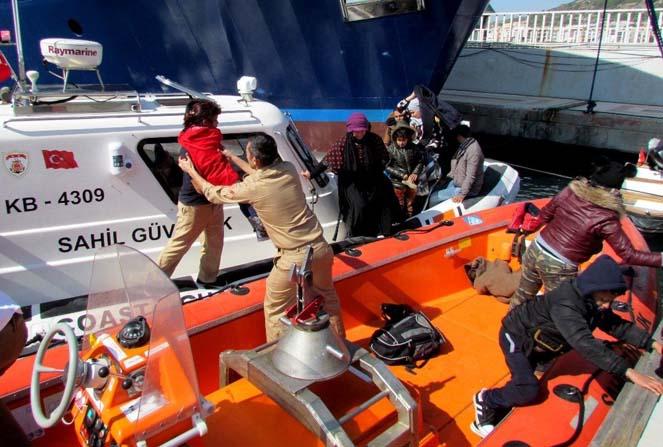 Çeşme'de 130 sığınmacı yakalandı