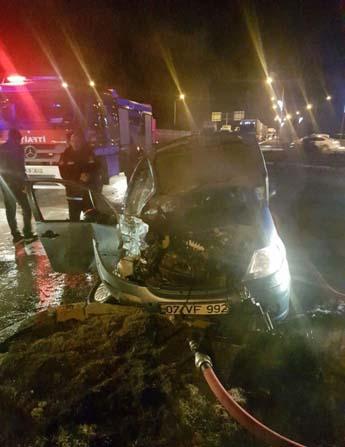 Tırın çarptığı otomobildeki güvenlik görevlisi feci şekilde hayatını kaybetti