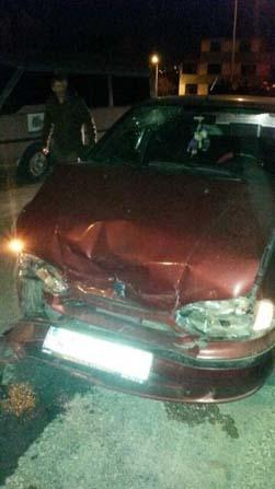 Bozüyük'te iki otomobil çarpıştı, 3 yaralı