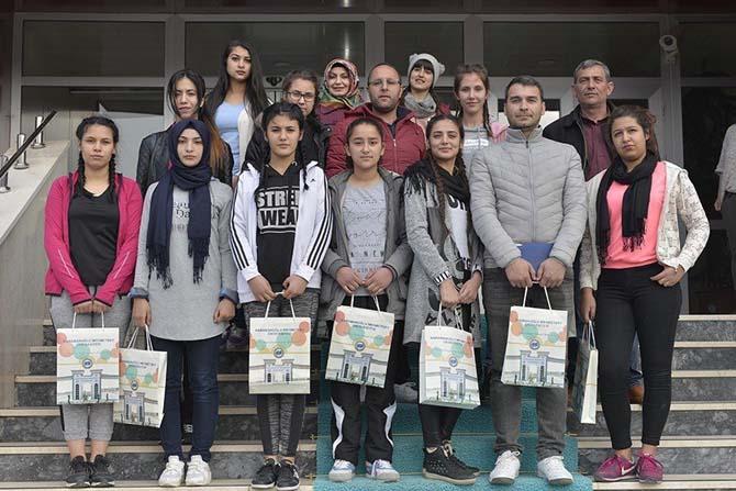 Kadirli Osman Gazi Lisesi'nden KMÜ'ye ziyaret