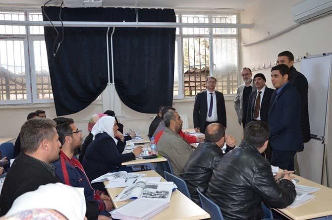 Türk ve Suriyelilere meslek eğitimleri başladı