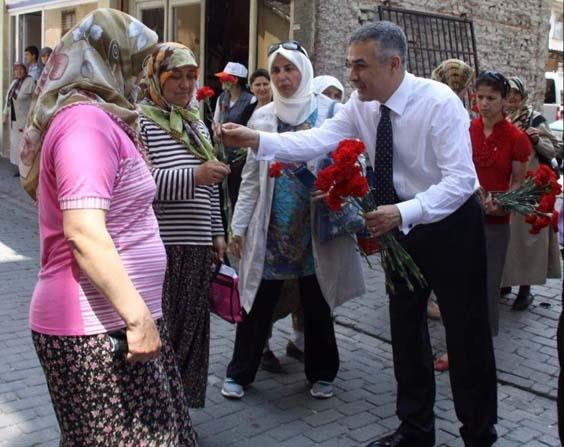 "AK Parti'li Savaş; ""Her gün kadınlarımızındır"""