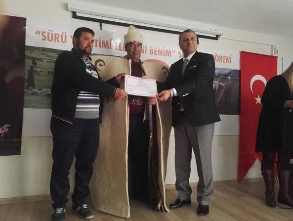 Altunhisar'da 72 çoban sürü yönetimi sertifikası aldı