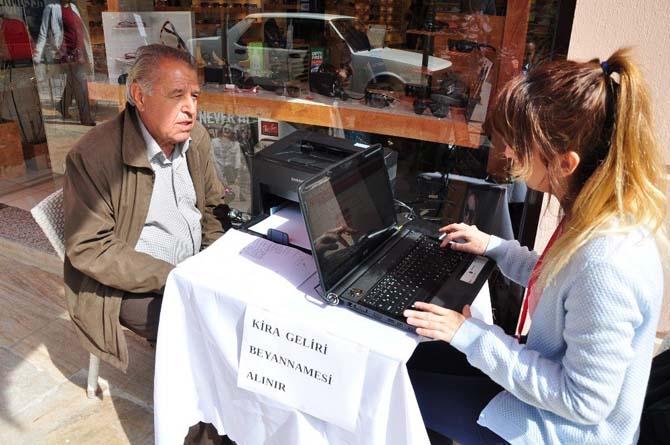 Milas'ta beyanname standı açıldı