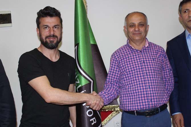 Denizlispor'dan Ali Tandoğan ile devam kararı