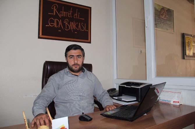 Rahmet Eli Derneğinden 351 aileye yardım