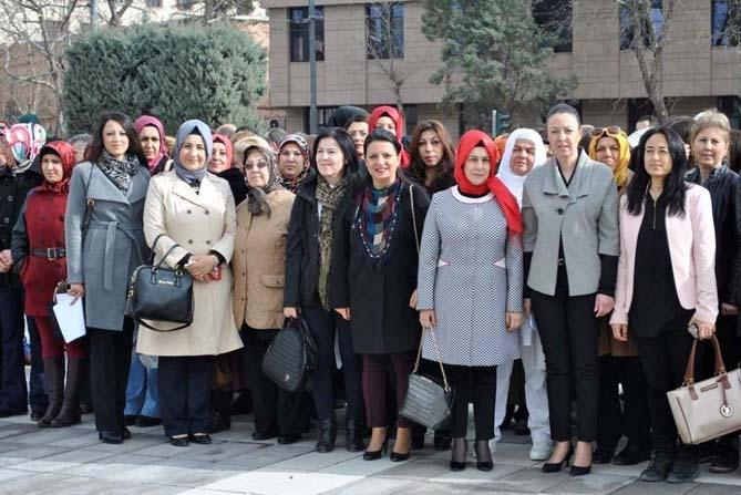AK Parti Kadın Kolları Başkanı Yalçın'ın 'Kadınlar Günü' mesajı