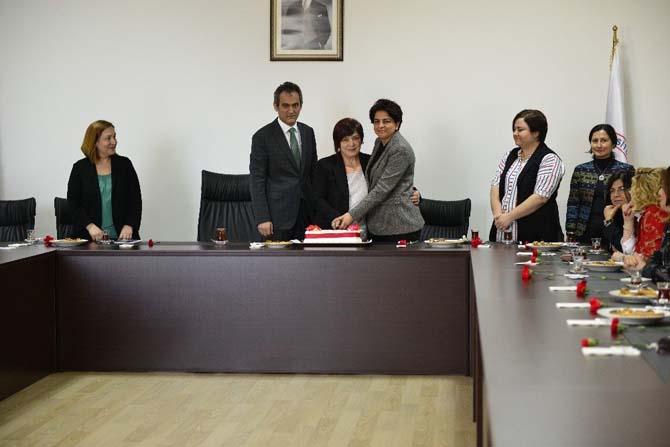 Rektör Özer, kadın yöneticileri konuk etti