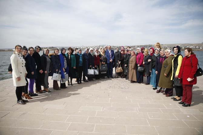 Başkan Duruay 8 Mart'ta kadınlarla bir araya geldi