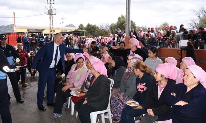 """Başkan Gürşat Kale; """"Kadınlar başımızın tacıdır"""""""