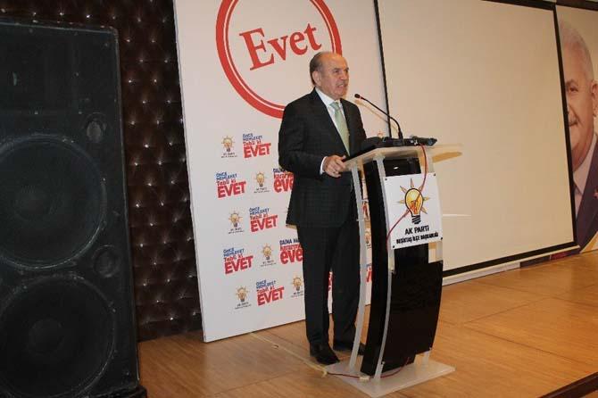 Başkan Kadir Topbaş, Beşiktaşlı kadınlarla bir araya geldi
