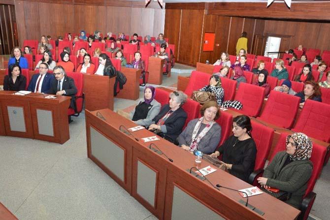 Belsa'da kadın hakları semineri