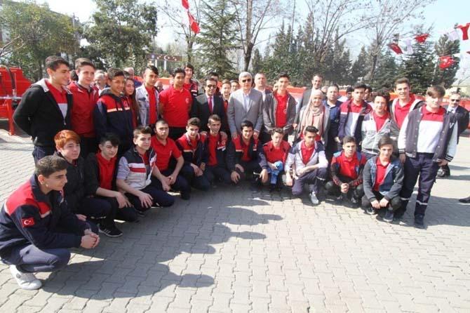 Büyükşehir'den köylere seyyar itfaiye tankeri